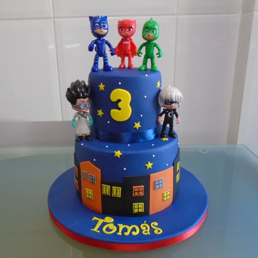 100 Cake Pops