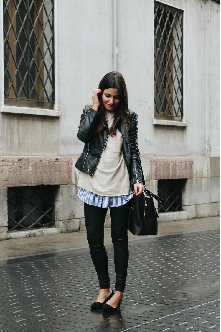 look-cazadora-cuero-camisa-de-rayas-blog-de-moda-leon-littleblackcoconut