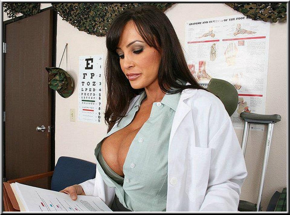 Lisa Ann Sexy Tits