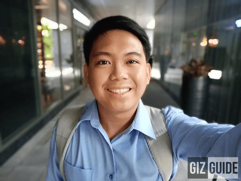 Selfie bokeh sample