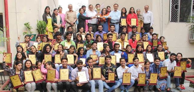 DAV-college-over-all-champion-in-zonal-youth-festival-m-d-university