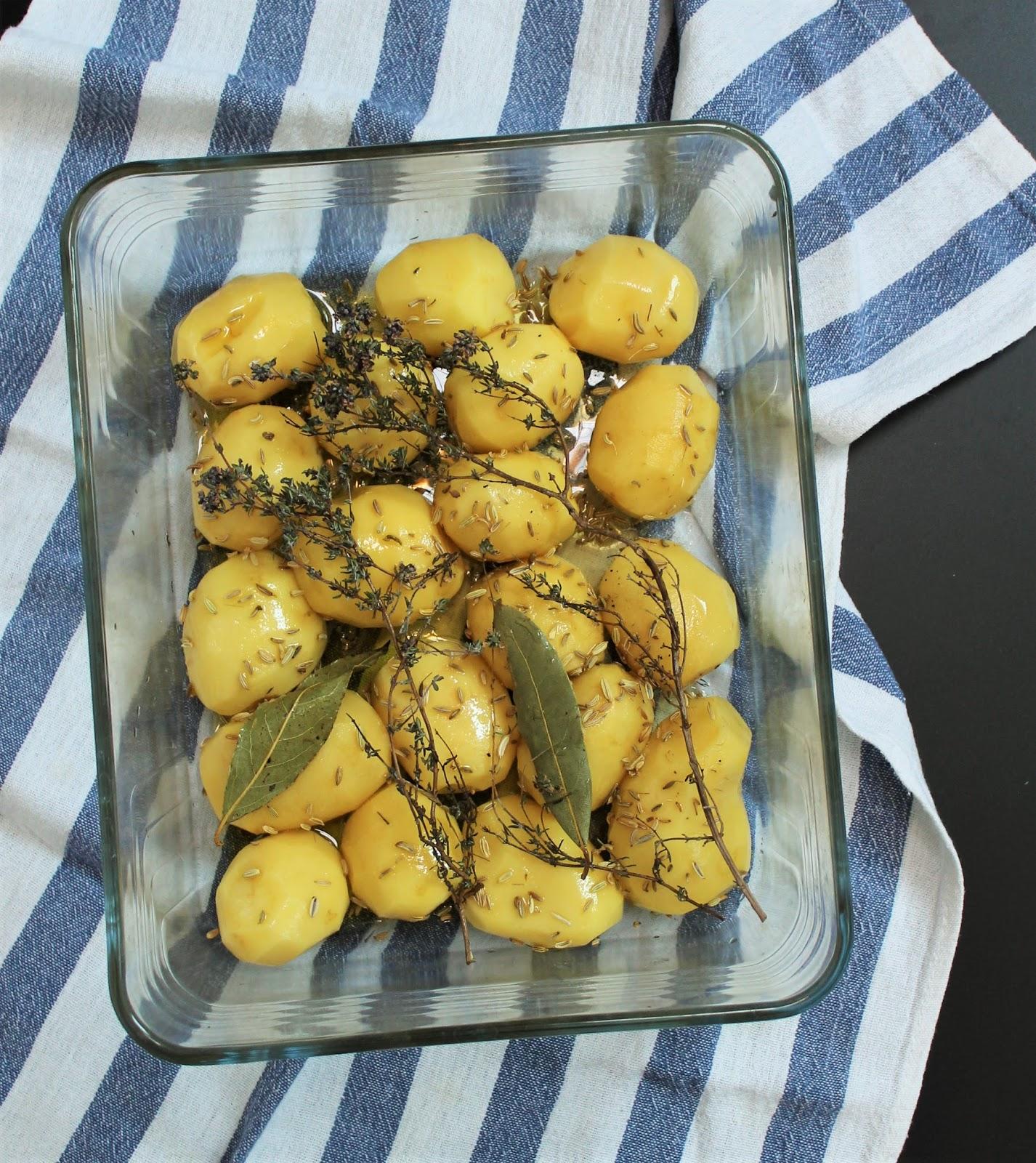diana 39 s cook blog pommes de terre r ties aux herbes et. Black Bedroom Furniture Sets. Home Design Ideas