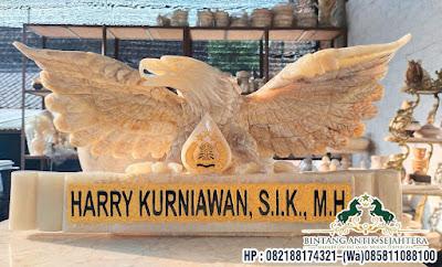 Papan Nama Model Garuda