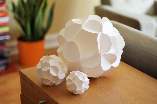 how to make 3d paper ball ornaments how about orange. Black Bedroom Furniture Sets. Home Design Ideas