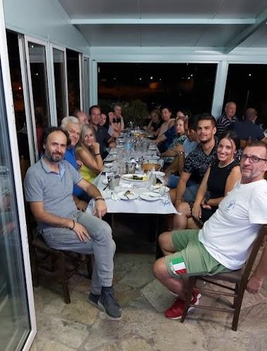Συνάντηση - δείπνο ενημέρωσης Διοικούσας Επιτροπής του τμήματος κολύμβησης της Νίκης Βόλου