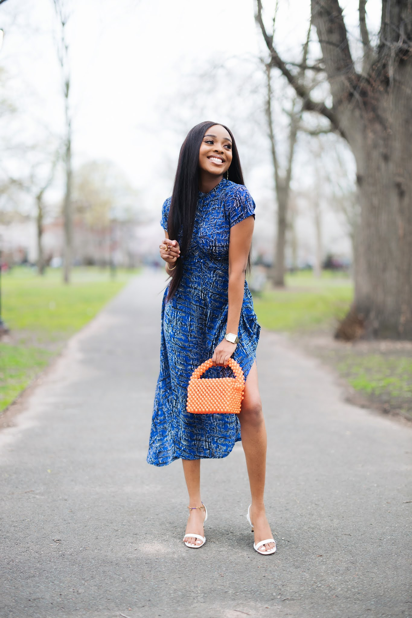 How to wear a printed dress