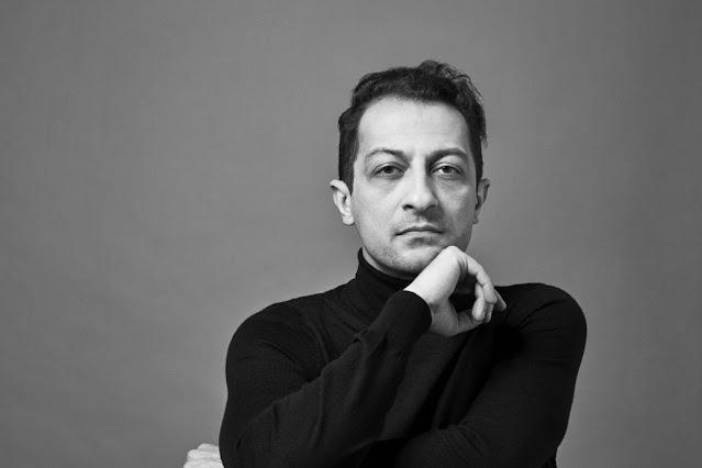 Arash Safaian (Photo Gregor Hohenberg)