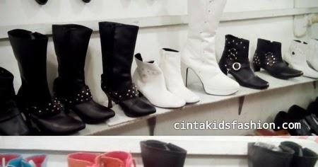 Jual Sepatu Boots Anak dan Dewasa Untuk Fashion Modeling - 085726966669 -  CintaKidsFashion 5d039d930c
