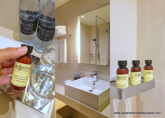 bathroom amenities in Pullman Hotel Dubai