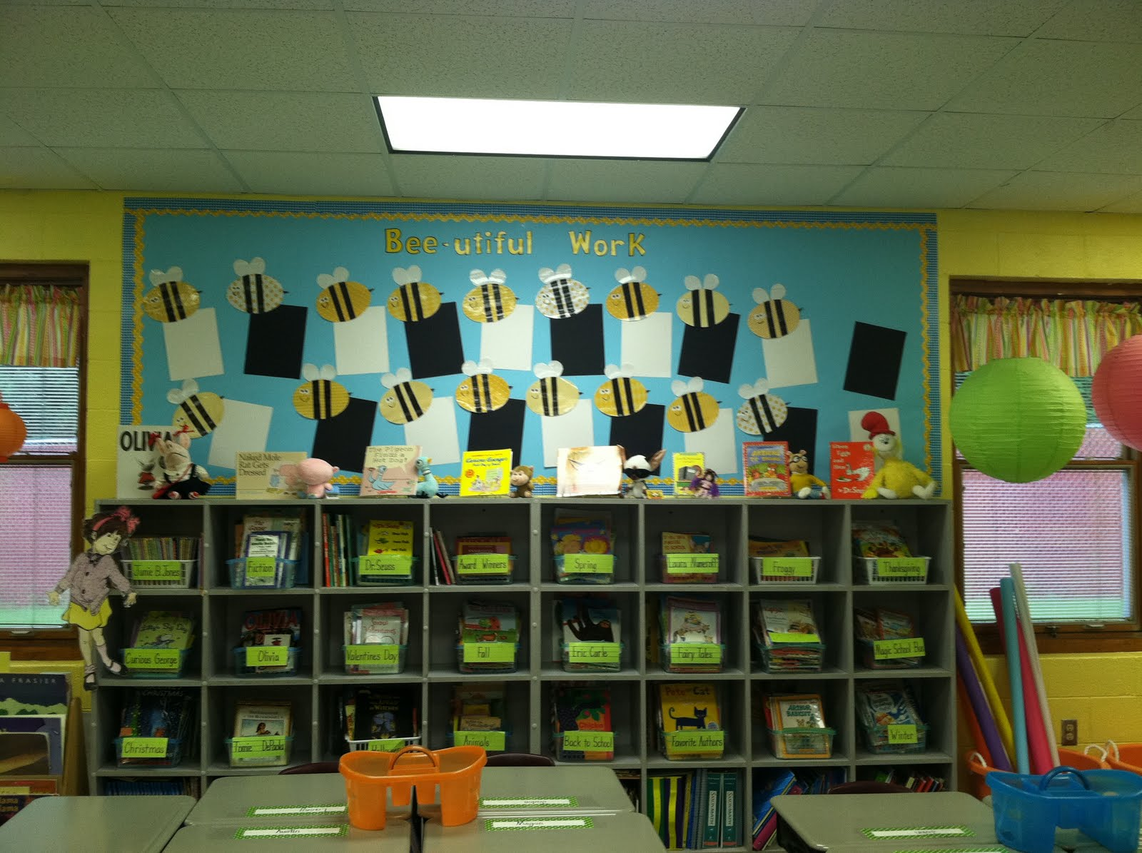 Life in First Grade: Classroom Decorating: Day Nine