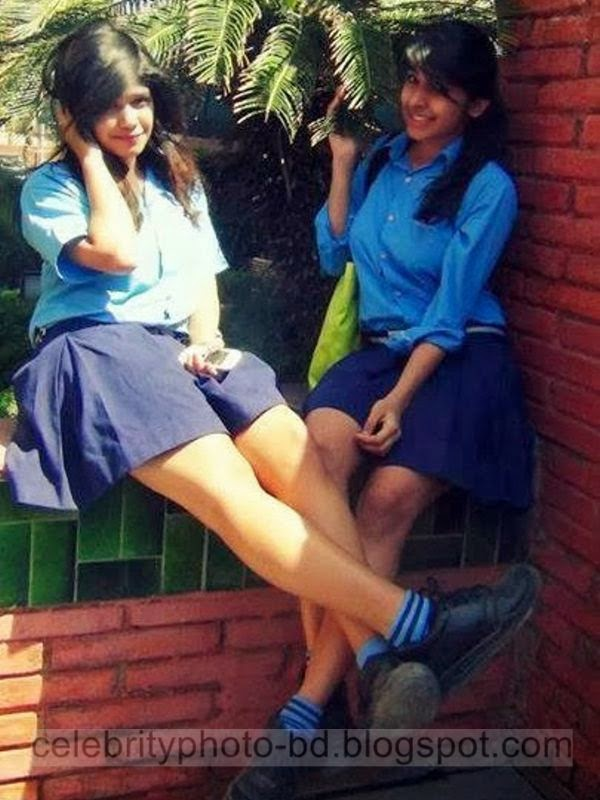 Hot srilanken school girls