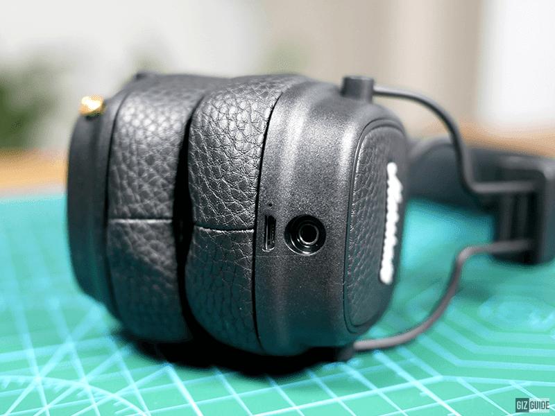 Leather-like pads, micro USB port, 3.5mm female port