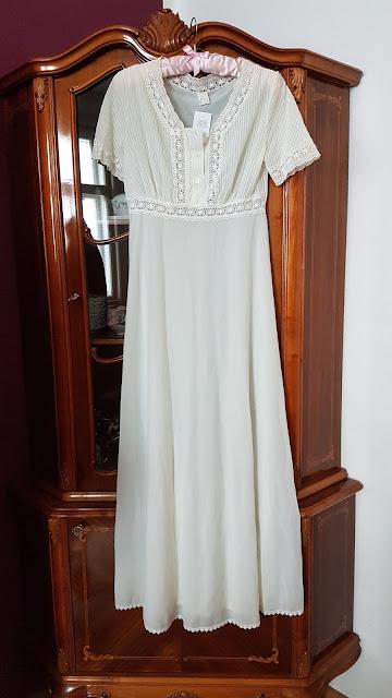 white dress, white vintage dress, vintage dress, vintage