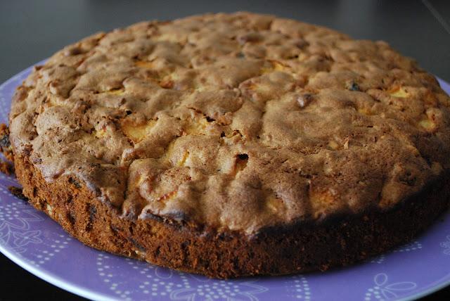 Baharatlı Elmalı Kek