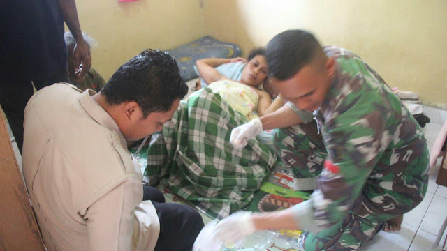 PR 328 Task Force Kostrad Helps Birth of Premature Babies