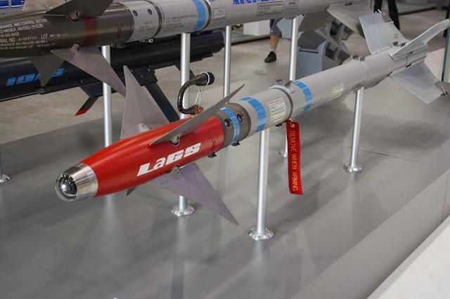 FDRA - Fuerza Aérea: ASM: Un Sidewinder mezcla con Hellfire
