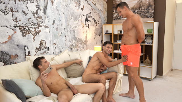 BelAmiOnline - Dylan Maguire, Peter Annaud and Jeroen Mondrian