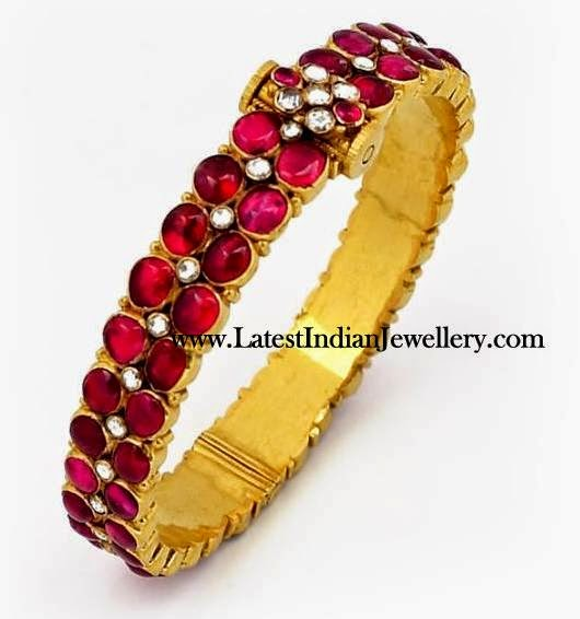 Antique Kempu Stones studded Bangle