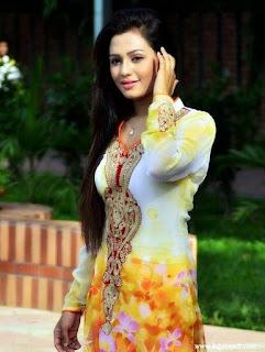 Nusrat Faria