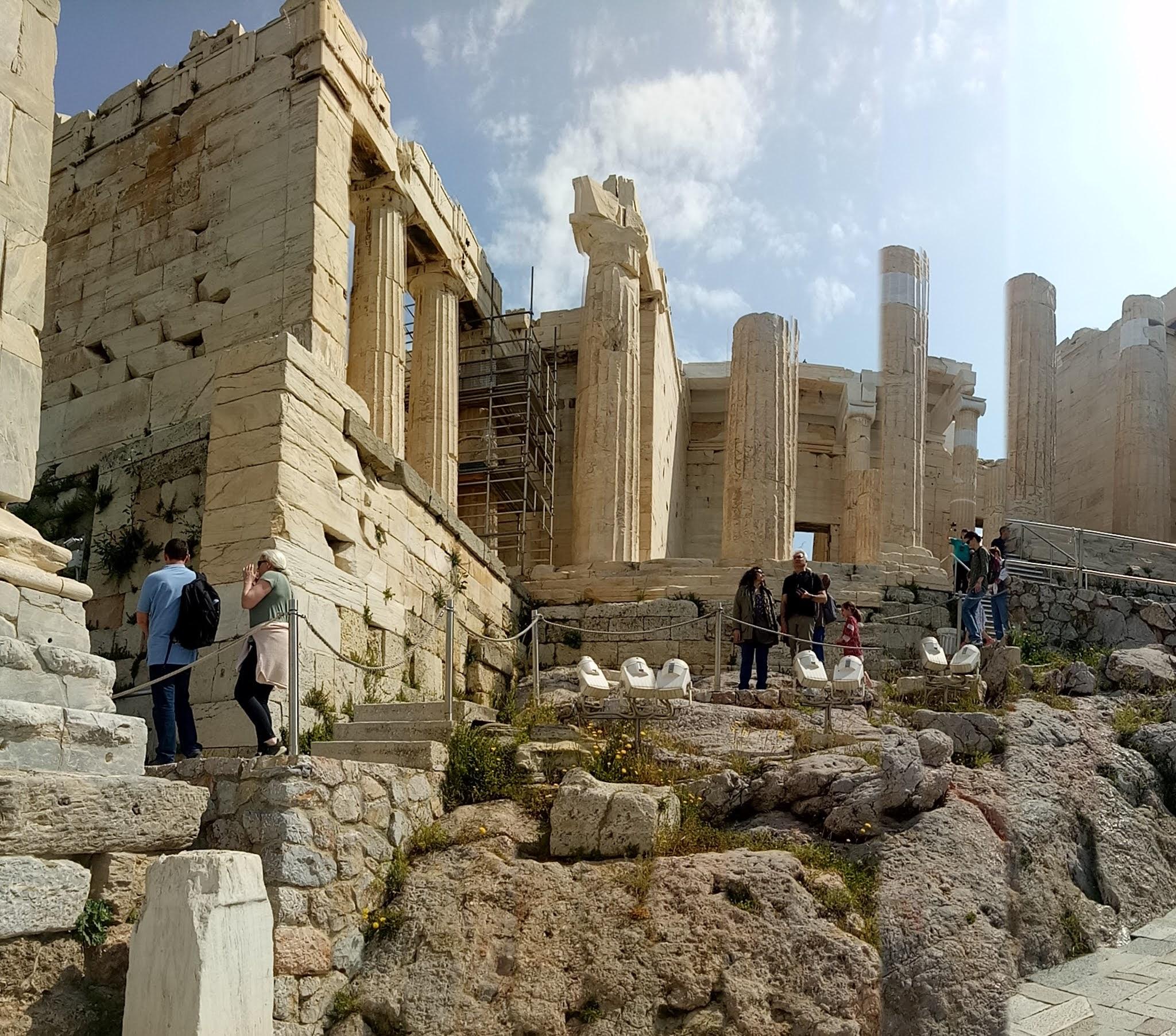 Travelog Greece, Athens: Acropolis Ancient ruins of Propylaia (Propylaea)