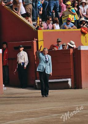 Fernando Álvarez saludo tercio arena plaza toros acho 2008 delegado callejon
