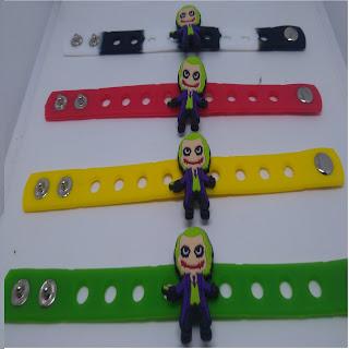 Bracciali braccialetti in 3D silicone personalizzati a tema Joker personaggi batman