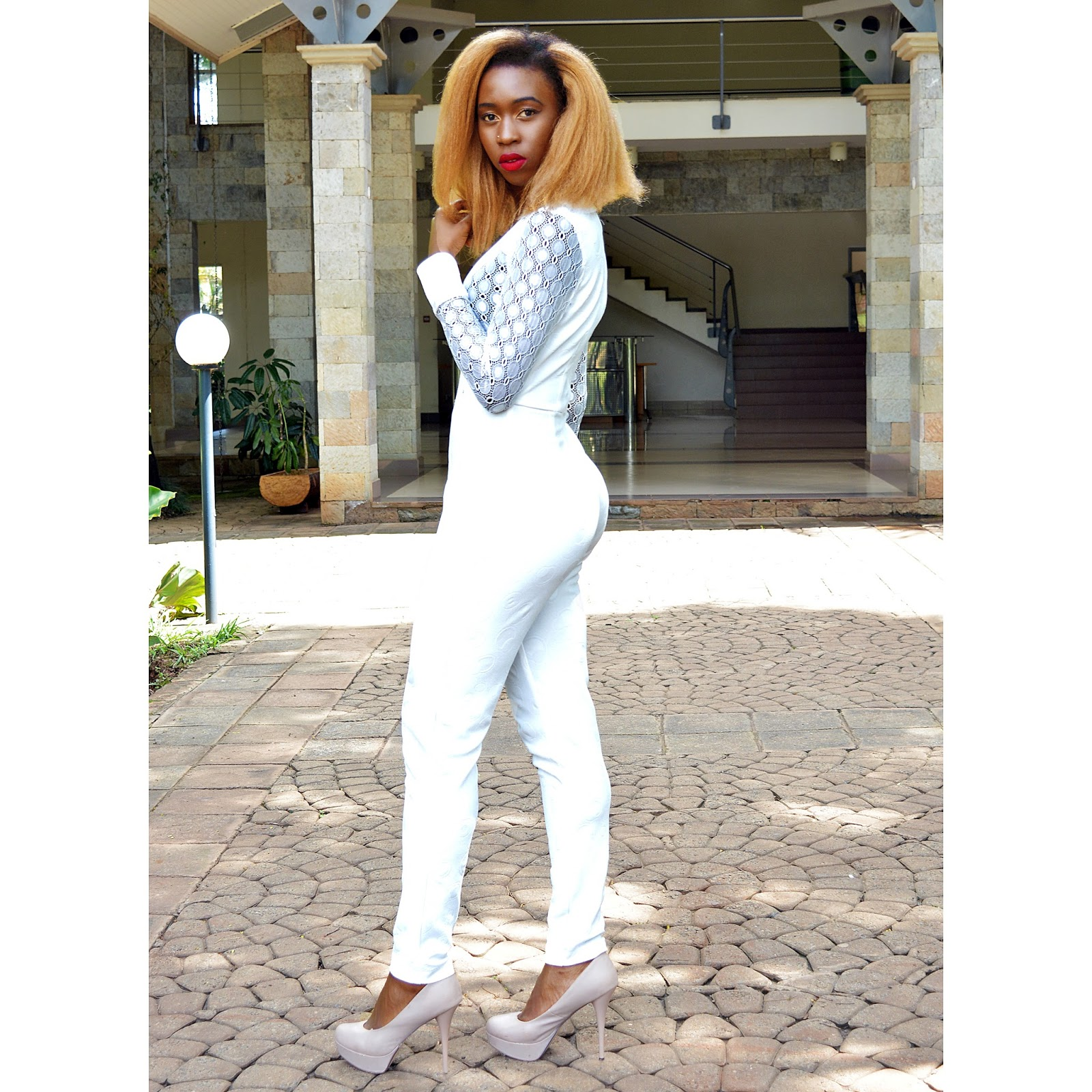 new years eve party look, what to wear for new years eve 2015, style with ezil, white jumpsuit, white jumpsuit designs, Ezil, African fashion blogger, Kenyan fashion blogger, go to outfit, easiest look ever.