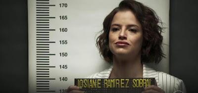 """Josiane (Agatha Moreira) na cena em que foi """"fichada"""" na novela das nove da Globo, A Dona do Pedaço"""