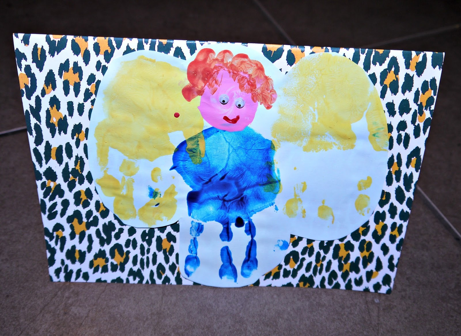 Inside the Wendy House: Hand Print Angel Christmas Cards