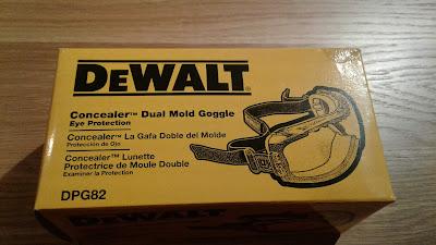 DeWalt Concealer Dual Mold Goggle box