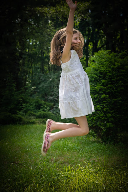 Elleanor de Provence robe fillette blanche
