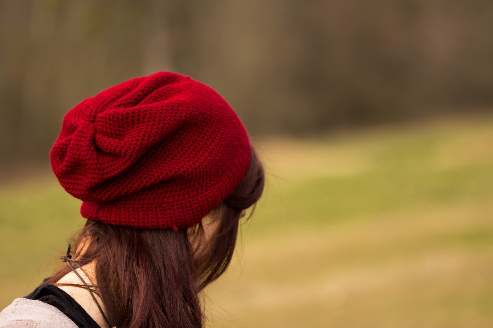 Anleitung für eine einfache gehäkelte Mütze mit Halbstäbchen - Mütze zusammennähen - crochet slouchy beanie