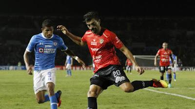 Cruz Azul consigue ganar 2 a 0 a Jaguares Chiapas