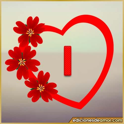 corazón de flores con letra I