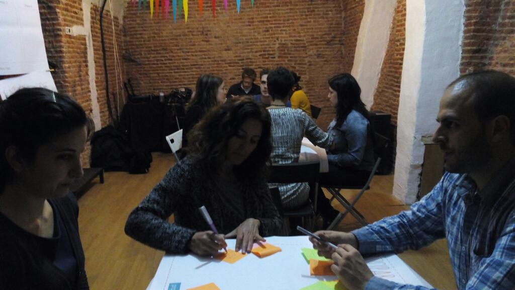 Taller colaborativo Centro Cultural La Tortuga Madrid