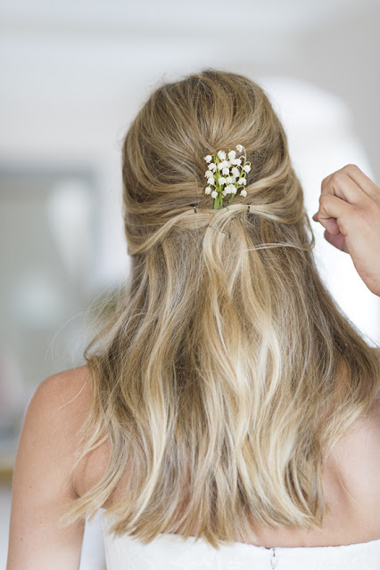 flowers in your hair :: lilies of the valley {Cool Chic Style Fashion}