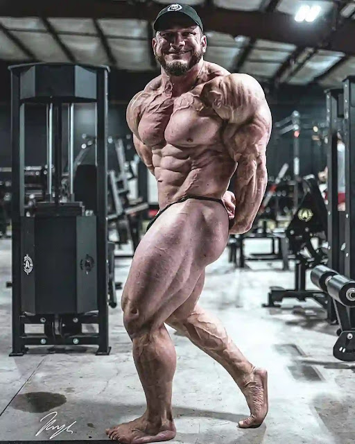 Hunter Labrada 9 days out from Tampa Pro