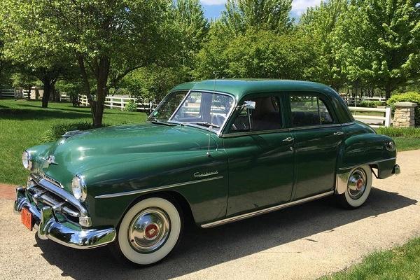 Plymouth Cranbrook 1952