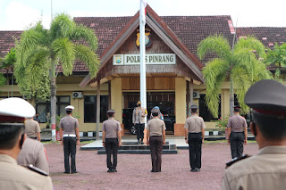 Kapolres Pimpin Upacara Korps Raport, 77 Personel Polres Pinrang Naik Pangkat