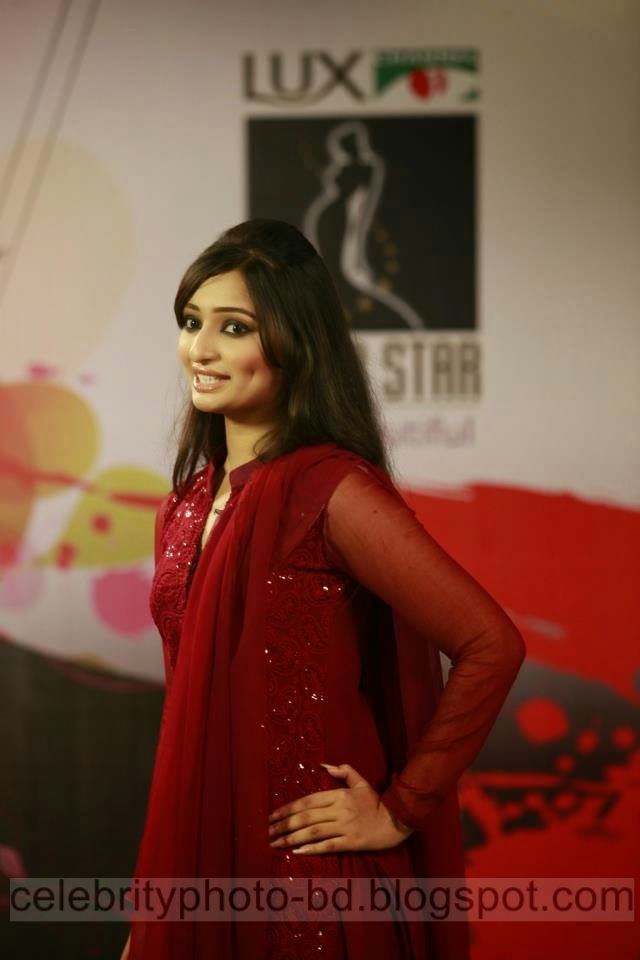 Exclusive Photos of Lux Channel i Super Star Hot Girls 2014