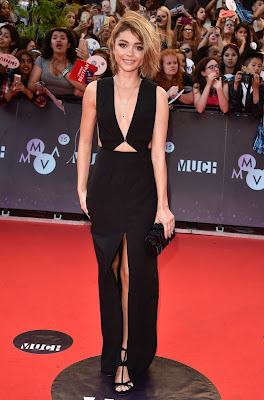 Sarah Hyland in a plunging black dress at the 2015 MuchMusic Video Awards
