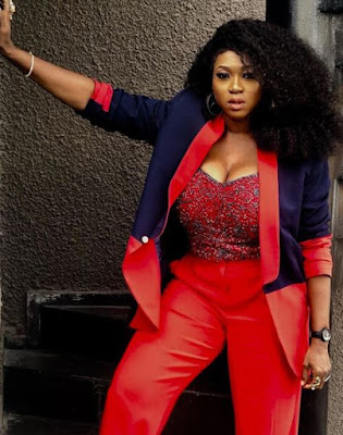 Waje nigerian singer big boobs