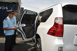 Việt kiều hồi hương sẽ được miễn thuế nhập khẩu xe ô tô ?