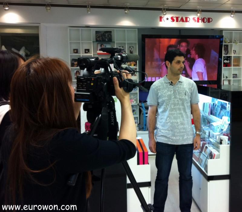 Entrevista sobre hallyu en una televisión coreana