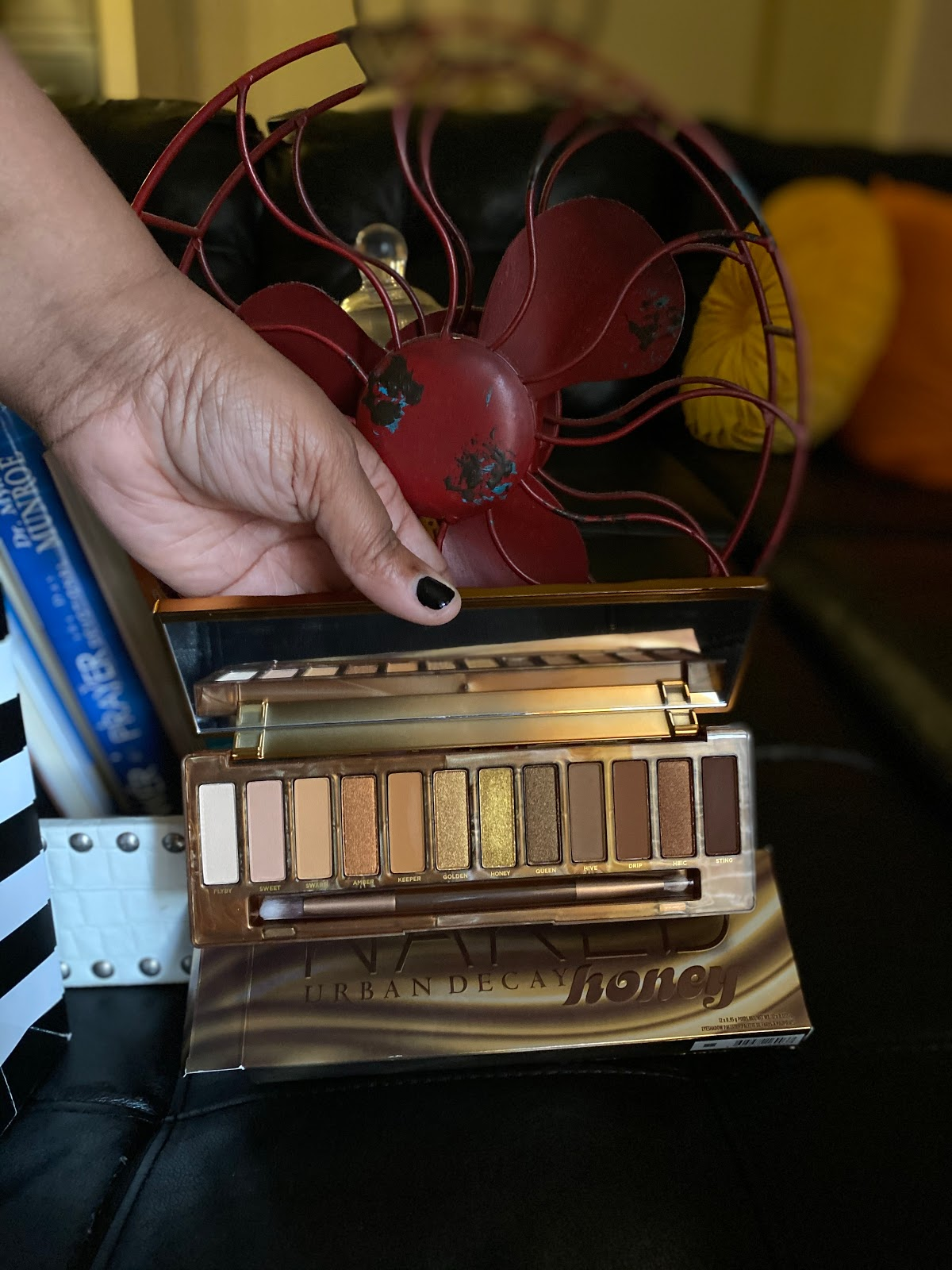 Image: Urban Decay Honey Makeup: Try On