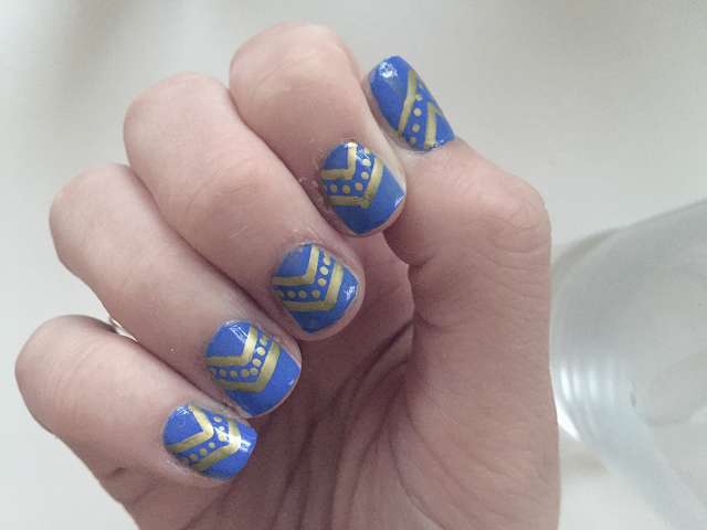 Blue nail gold nail art how to DIY