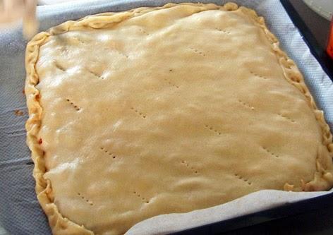 Elaboración de empanada con masa casera
