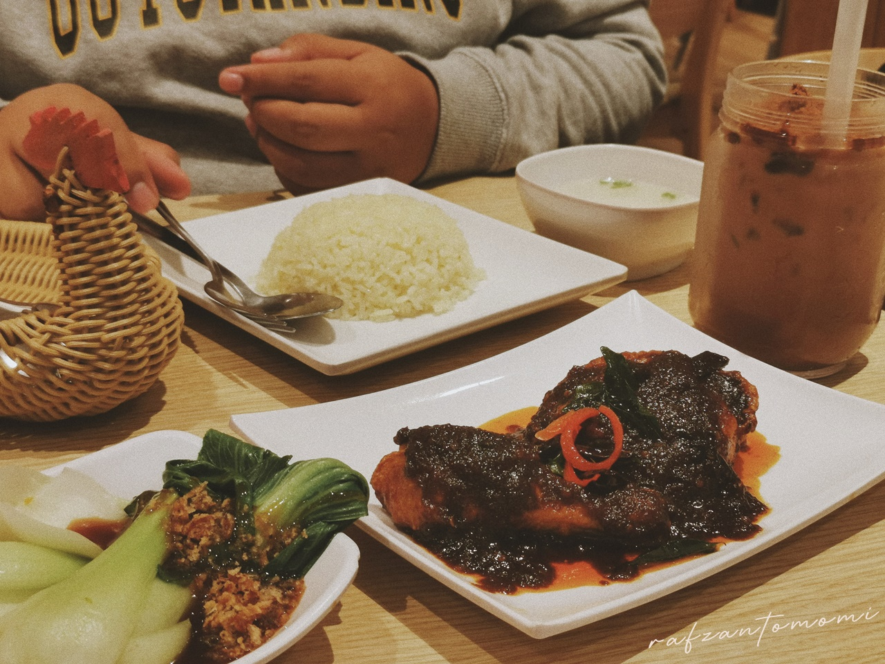 Menu The Chicken Rice Shop Sempena Ramadan Ini, 'Ayam Sedap Baq Hang'!
