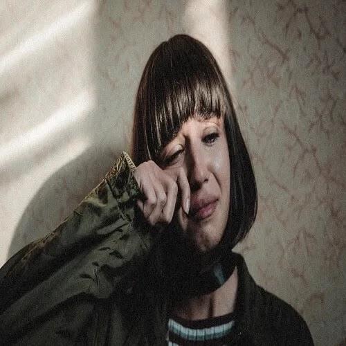 crying girl DP for whatsapp