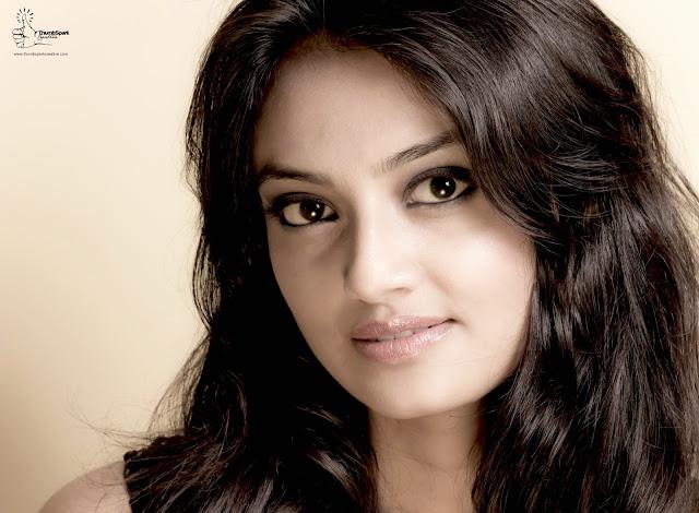 Telugu Actress Nikitha Narayan Hot Pics Actress Trend